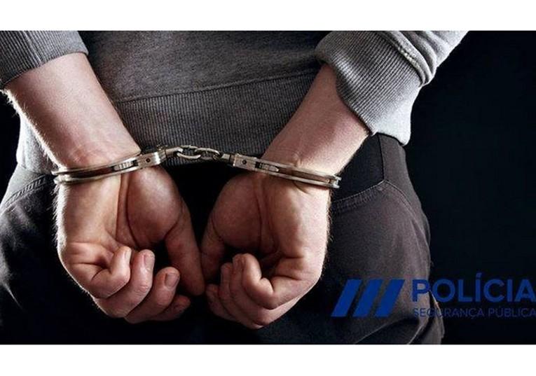 Rádio Regional do Centro: Adolescente detido por posse de arma proibida na Figueira da Foz