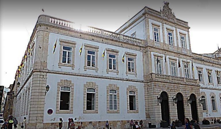 Rádio Regional do Centro: CM de Coimbra investe 4M€ em transporte escolar gratuito no próximo ano lectivo