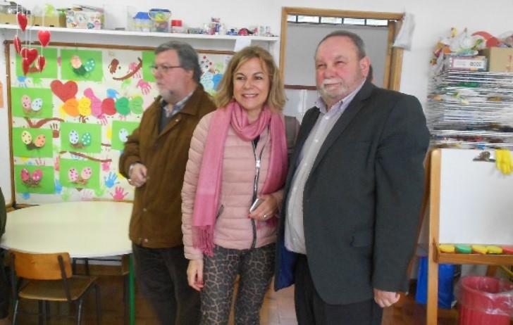 Rádio Regional do Centro: Inclusão social: Infantário do Ingote visitado por deputados