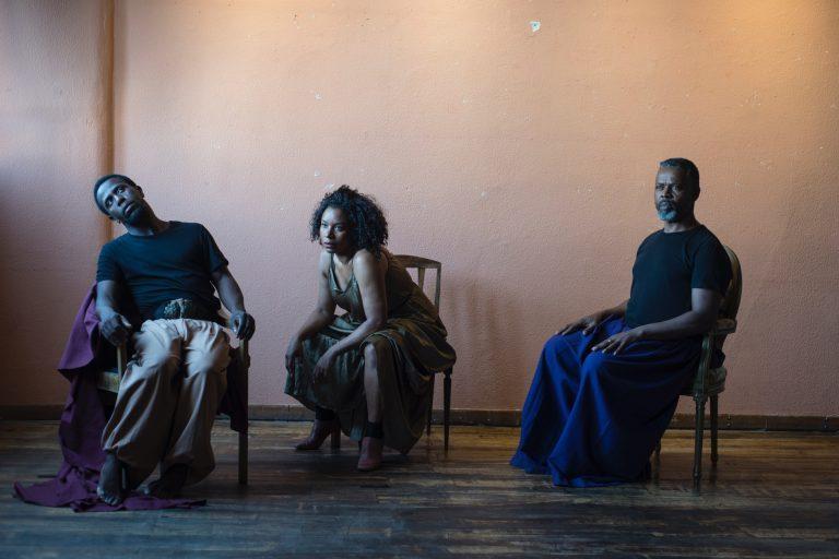 Rádio Regional do Centro: Coimbra: Teatro Griot apresenta peça sobre o racismo e a escravatura