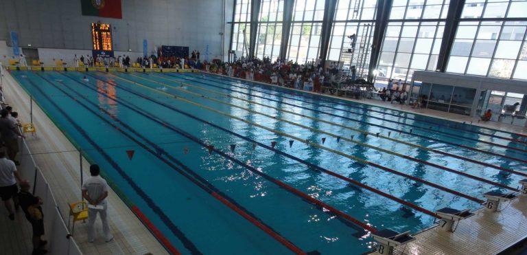 Rádio Regional do Centro: Pessoal da CMC nas piscinas poderá paralisar em Maio