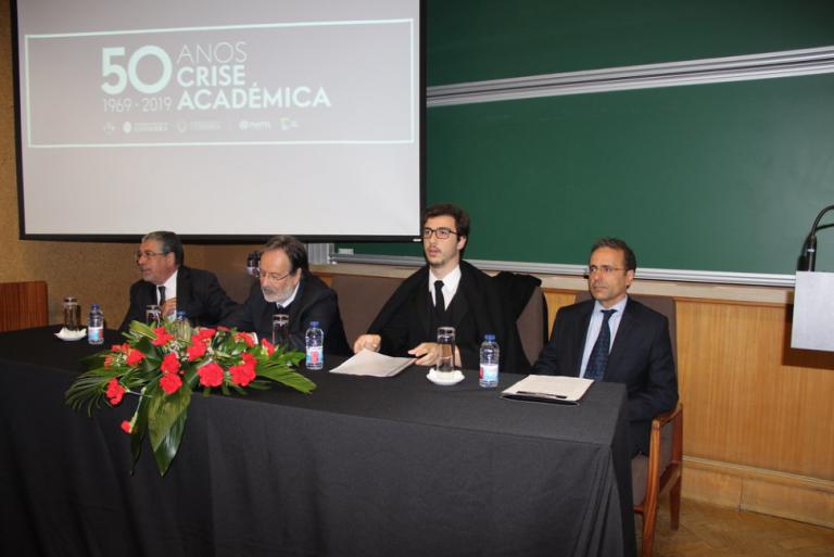 """Rádio Regional do Centro: Reitor da UC: """"Crise académica"""" de 1969 deu início ao 25 de Abril"""