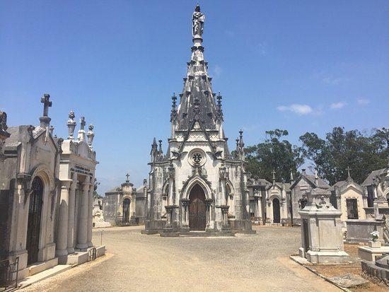 Rádio Regional do Centro: Conchada: Autarca pede atenção para bairro e cemitério