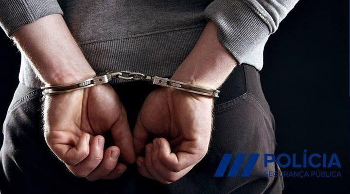 Rádio Regional do Centro: Homem detido por injúrias à Polícia Municipal