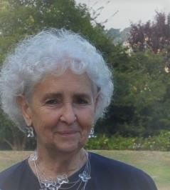Rádio Regional do Centro: Funeral de Arminda San-Bento, esposa de Linhares Furtado, realiza-se amanhã