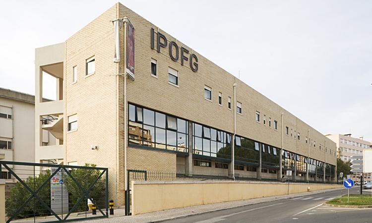 Rádio Regional do Centro: Coimbra: 48 000 euros de equipamentos desapareceram do IPO