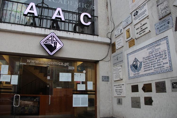 Rádio Regional do Centro: AAC assinala o final do ano lectivo com tomada de posição política