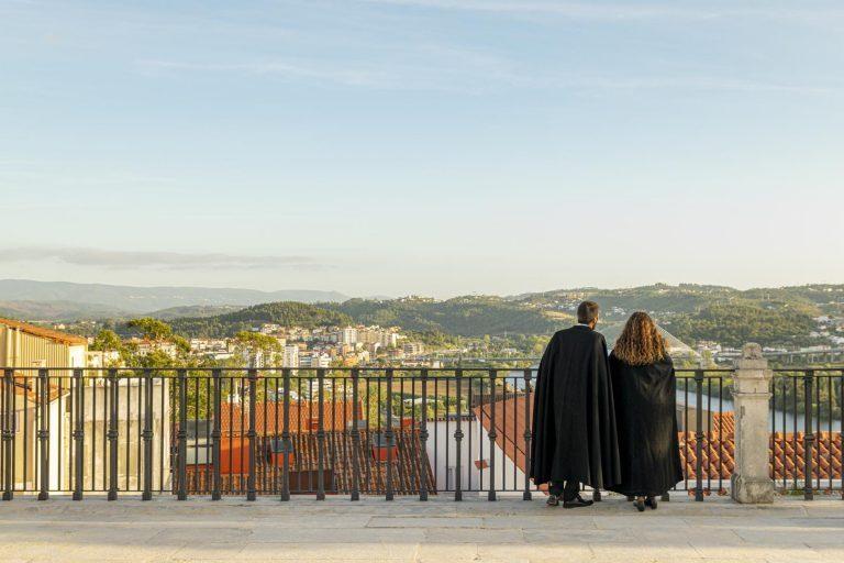 Rádio Regional do Centro: Estudantes de Coimbra defendem erradicação da propina no ensino superior