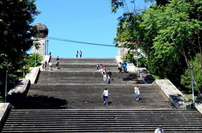 Rádio Regional do Centro: Elevador nas Escadas Monumentais já tem projecto de arquitectura