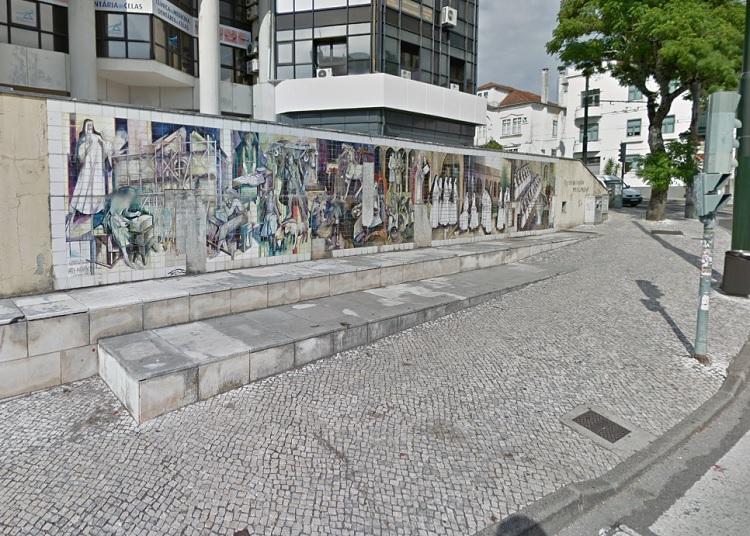 Rádio Regional do Centro: Câmara de Coimbra quer financiar recuperação do mural de Celas de Vasco Berardo
