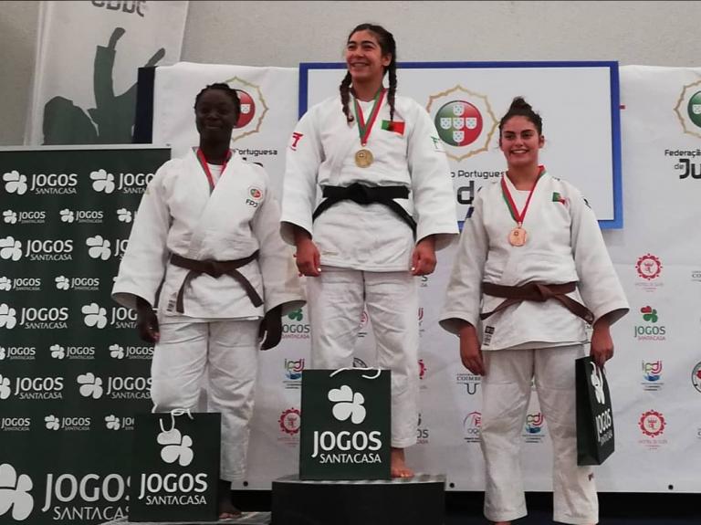 Rádio Regional do Centro: Coimbra: Académica conquista 5 medalhas na modalidade de judo