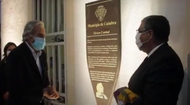 Rádio Regional do Centro: Descerrada placa que assinala a casa onde Álvaro Cunhal nasceu em Coimbra