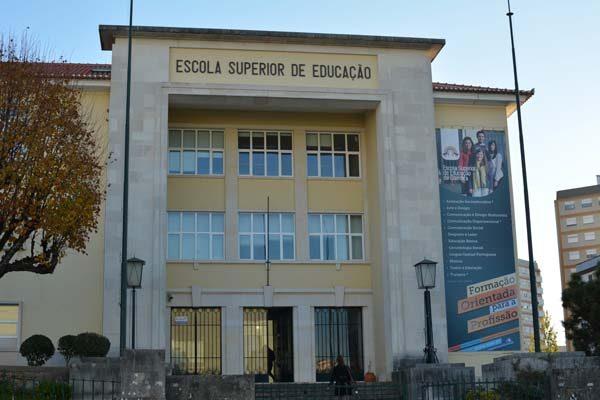 """Rádio Regional do Centro: ESEC reúne investigadores para discutir o """"Desenvolvimento Motor da Criança"""""""