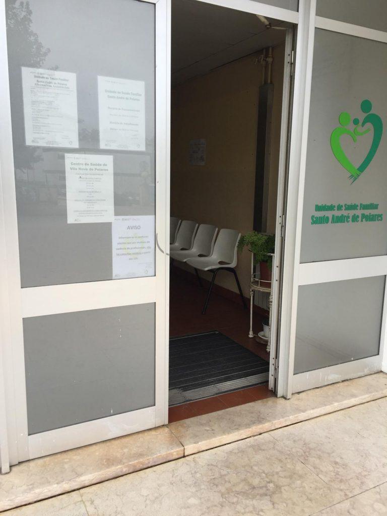 Rádio Regional do Centro: Caso positivo de Covid-19 leva ao encerramento do Centro de Saúde de Poiares