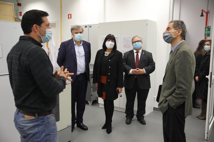 Rádio Regional do Centro: Immunethep desenvolve vacina para a covid-19 em Cantanhede