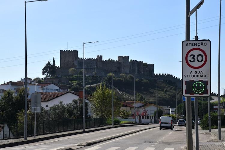 Rádio Regional do Centro: Castelo de Montemor-o-Velho encerrado aos fins-de-semana