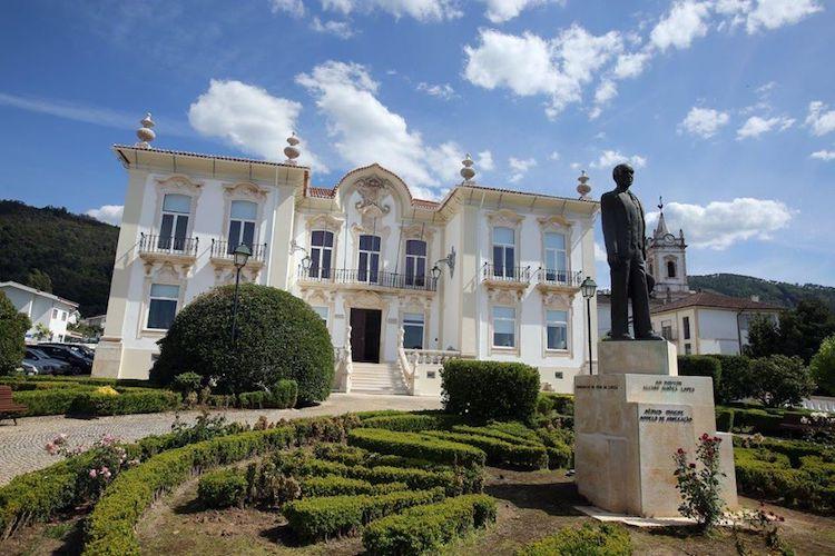 Rádio Regional do Centro: Município da Lousã cria Fundo Municipal de Apoio à Actividade Empresarial