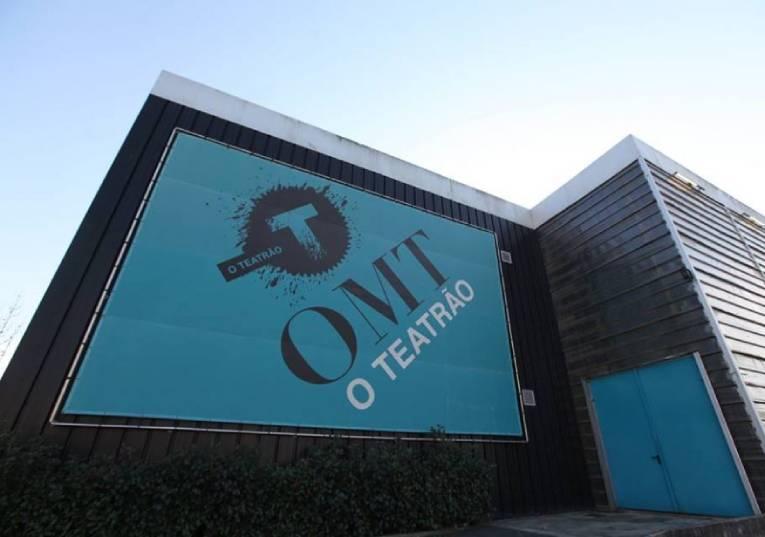 Rádio Regional do Centro: Covid-19: Teatrão promove 'audiowalks' e cenas à janela de idosos de Coimbra