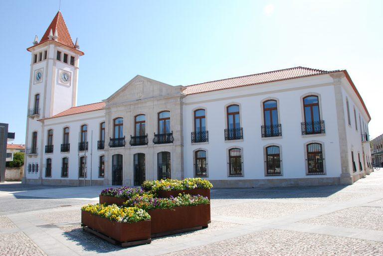 Rádio Regional do Centro: Cantanhede: Trânsito interrompido junto à Casa da Cultura e ao Museu da Pedra