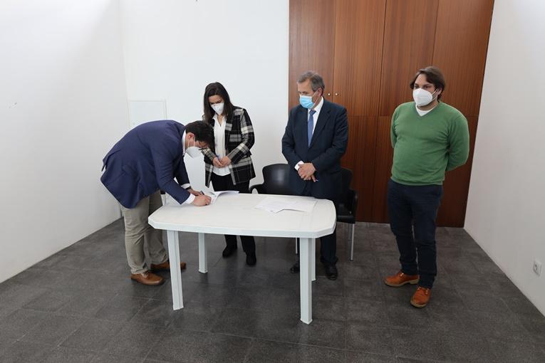 Rádio Regional do Centro: Duas novas empresas instalam-se no Centro de Negócios de Miranda do Corvo