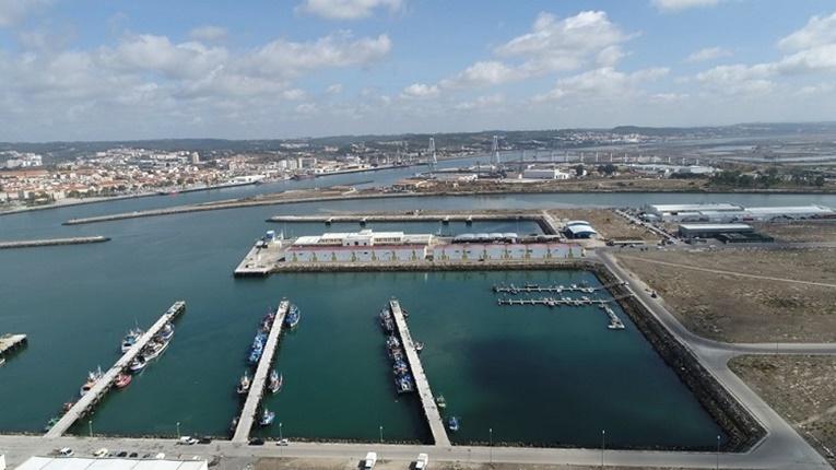 Rádio Regional do Centro: Docapesca investe mais de 400 mil euros nos portos de Peniche e Figueira da Foz