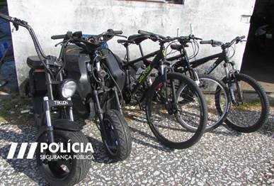 Rádio Regional do Centro: PSP de Coimbra deteve dois jovens a pedalarem em bicicletas furtadas