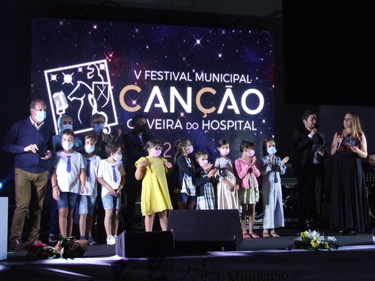 Rádio Regional do Centro: Oliveira do Hospital: V Festival Municipal da Canção proporcionou uma noite de talentos