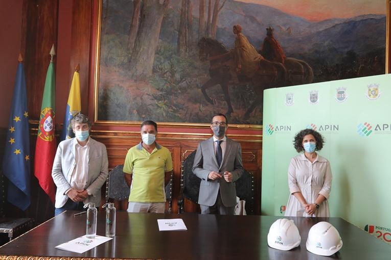 Rádio Regional do Centro: Lousã: APIN assinou contracto de empreitada de extensão da rede de abastecimento de água