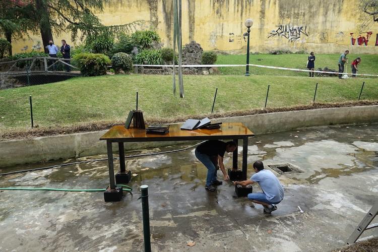 Rádio Regional do Centro: Escultura de Cabrita Reis vandalizada em Coimbra foi hoje reposta