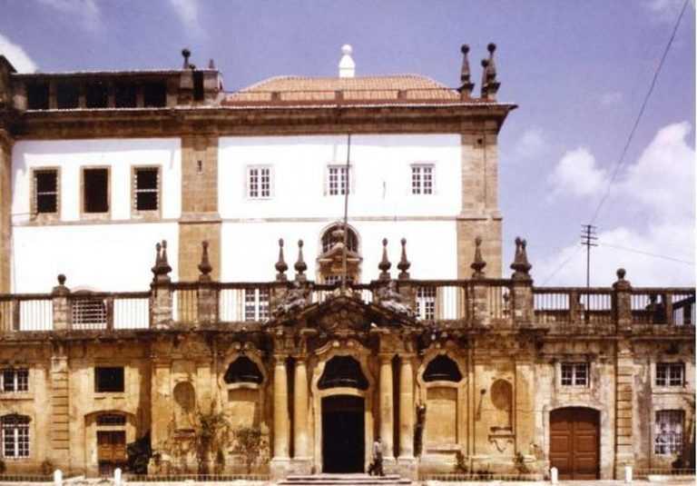"""Rádio Regional do Centro: Concerto """"Requiem em Ré menor"""" no Mosteiro de Santa Clara-a-Nova está esgotado"""