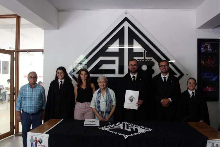Rádio Regional do Centro: Estudantes de Coimbra querem combater o isolamento dos mais velhos