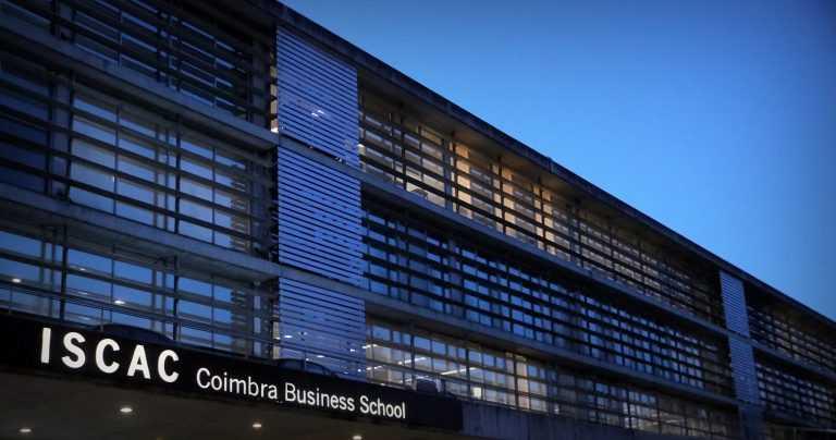 Rádio Regional do Centro: Refugiado sírio obteve mestrado pela Coimbra Business School