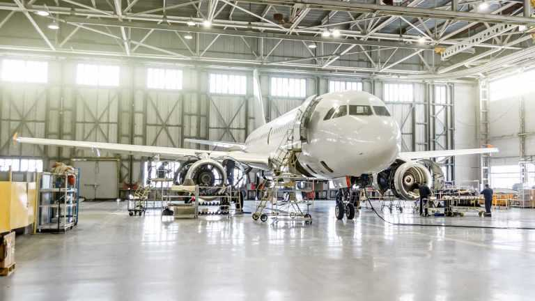 Rádio Regional do Centro: ISEC e CENFORTEC vão leccionar curso de Técnico de Manutenção de Aeronaves