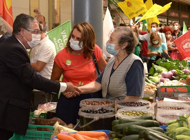 Rádio Regional do Centro: Manuel Machado (PS) lembra apoio aos comerciantes e obras no mercado de Coimbra