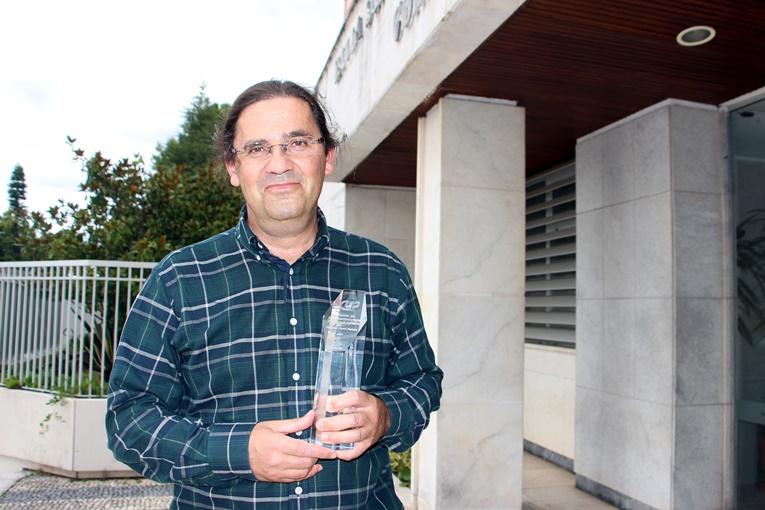 Rádio Regional do Centro: Professor da ESEnfC, Pedro Parreira, recebe Prémio Empreendedorismo Prof. José Adriano