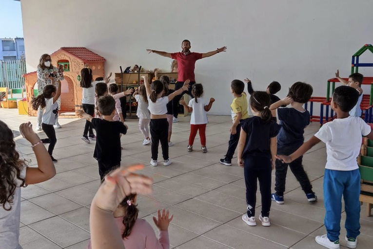 Rádio Regional do Centro: Montemor-o-Velho: Jardins de Infância com actividade física no Dia Europeu do Desporto