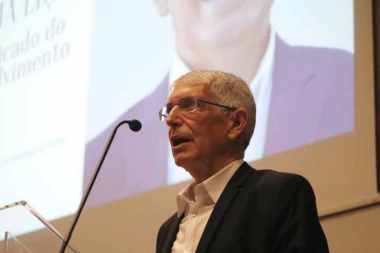 Rádio Regional do Centro: Adelino Fortunato recebe homenagem na FEUC
