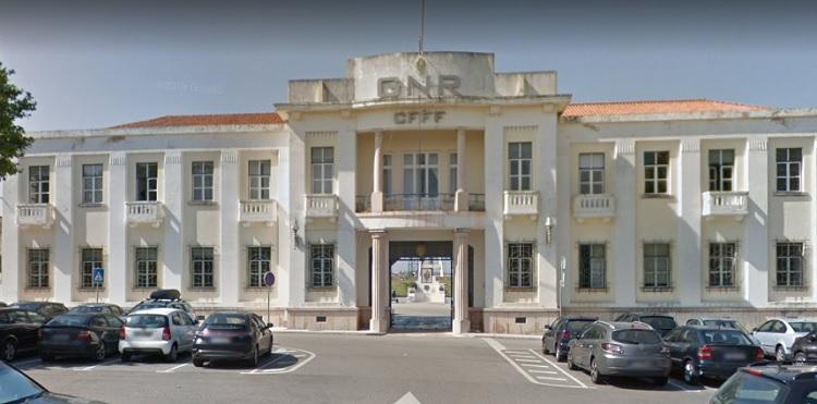 Rádio Regional do Centro: Figueira da Foz: Centro da GNR recebe 46.º Curso de Formação de Guardas